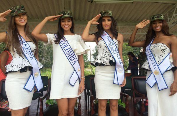 La Comitiva Real, fue recibida en el Campo de Paradas, en medio de una alfombra roja y una calle de honor, formada por los militares, quienes protegen los departamentos de Cauca, Nariño y Valle.