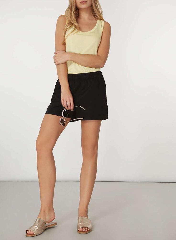 Womens **Vero Moda Black Summer Shorts- Black