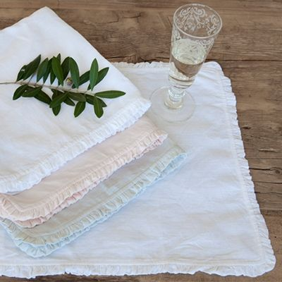 Pom Pom at Home Charlie Placemats Ship Free, Beautiful Linen Place mats #romanticliving #romanticlivingstyle #romanticlivingfurniture #romanticlivinghousedecor #lavenderfields