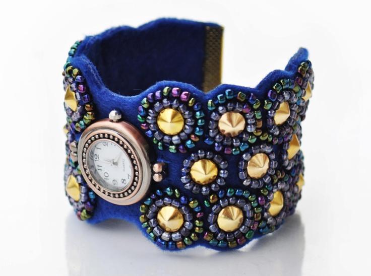 Hand made bracelet-watch; more on www.facebook.com/BizuteriaLowyt