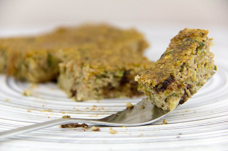Пирог из миндального масла и цукини