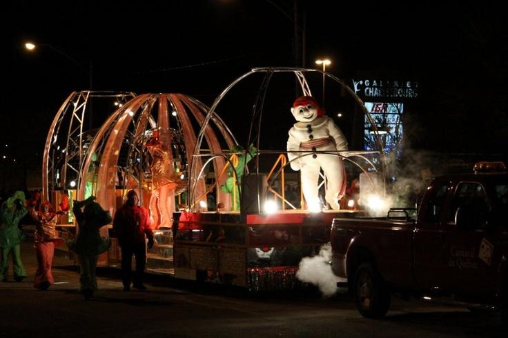 Night Parade - Defilé de Nuit | Quebec's Winter Carnival - Carnaval de Québec