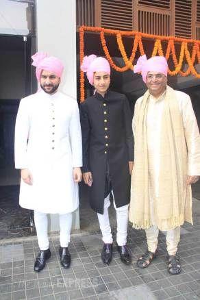 Inside Soha Ali Khan's simple wedding: Kareena Kapoor, Saif Ali Khan look royal
