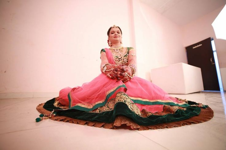 Photo by Udan Photo-Wedding Photography, Rajkot #weddingnet #wedding #india #indian #indianwedding #weddingdresses #mehendi #ceremony #realwedding #lehenga #lehengacholi #choli #lehengawedding #lehengasaree #saree #bridalsaree #weddingsaree #photoshoot #photoset #photographer #photography#inspiration #planner #organisation #details #sweet #cute#gorgeous #fabulous #henna #mehndi