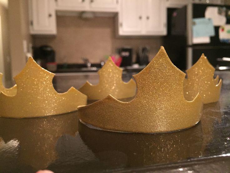 DIY Princess Aurora Crowns