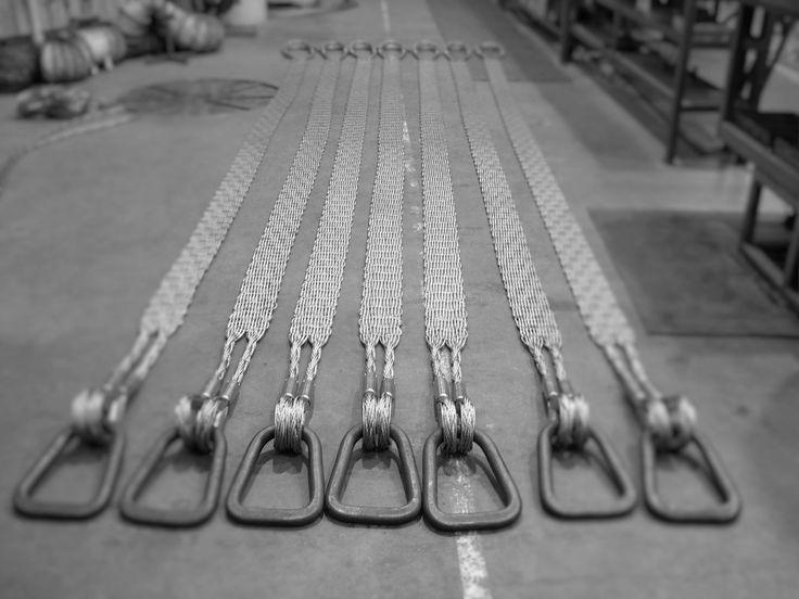 Flat woven slings