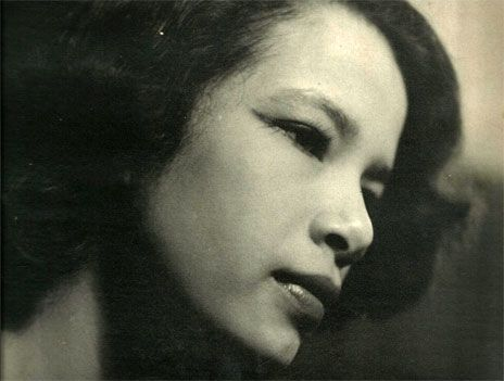 Monika Sing Lee who modeled for Vladimir Tretchikoffs most iconic work was 17 when she was spotted by the artist working in her uncles laundrette in South Africa  photo