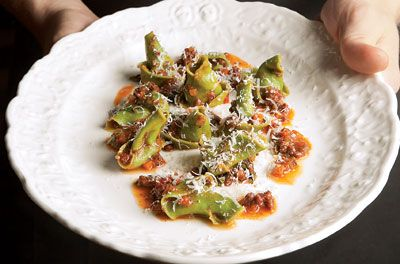 Oh, my. This Spinach Cappellacci with Goat Ragù and Broccoli Rabe would be a great primi course. From the chef minds of SF's Flour + Water...bound to be good. #saveur #dinnerparty