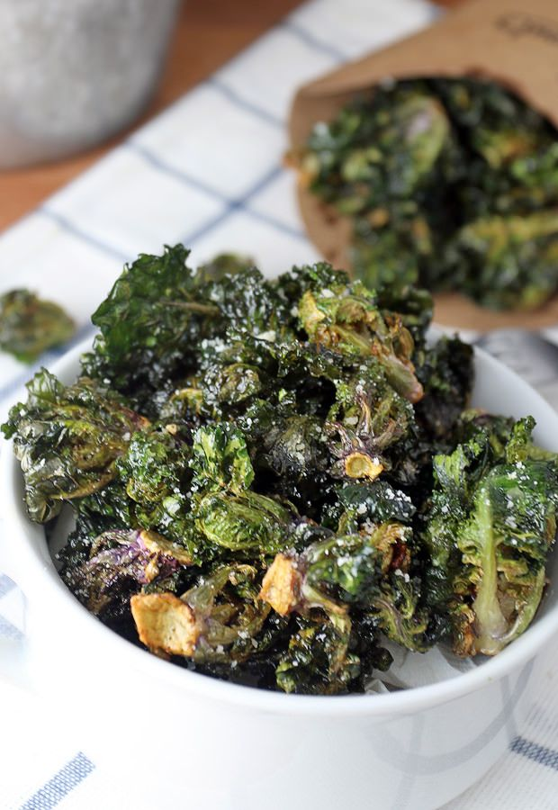 A crunchy and delicious #keto side dish that'll be an instant hit with everyone! Deep Fried Kale Sprouts. Shared via http://www.ruled.me/