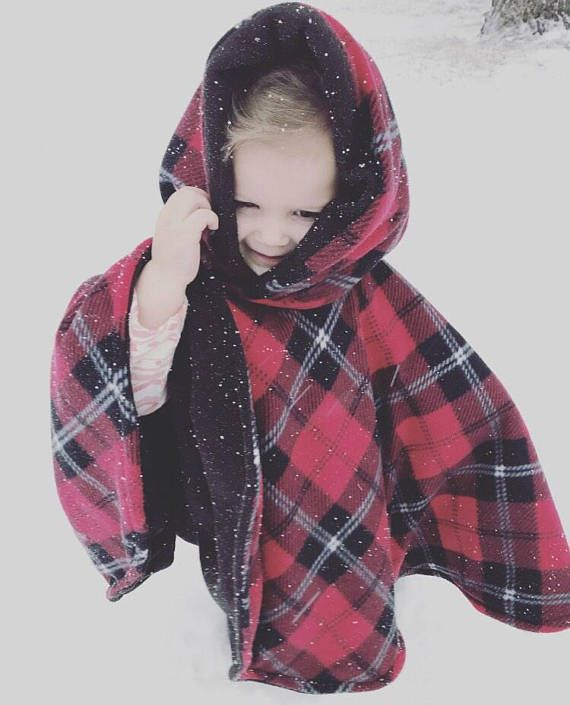 We have another Winter Carseat poncho for sale! And what a better time for this atrociously beautiful wintery week! This is a unisex poncho, great for either a little boy or a little girl. The fleece used is the highest quality. Will last a very long time, without getting pilly and