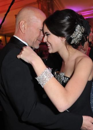 Samedi soir, le Crillon a accueilli Bruce Willis et Andie MacDowell avec leurs filles, Tallulah Belle et Margaret Qualley