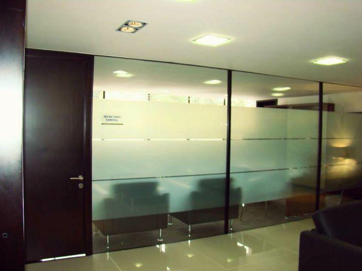 Divisiones en instalaciones de empresas