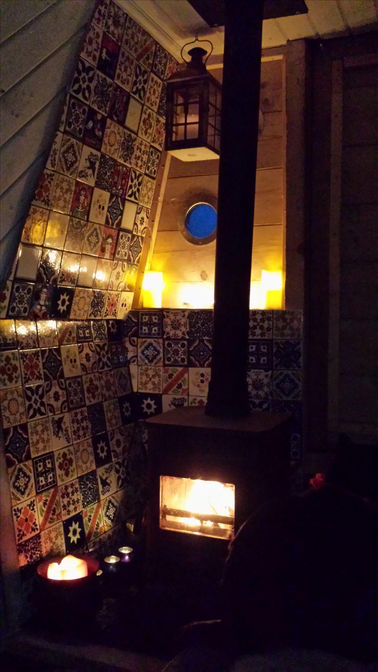 Warm & cozy aboard the narrowboat