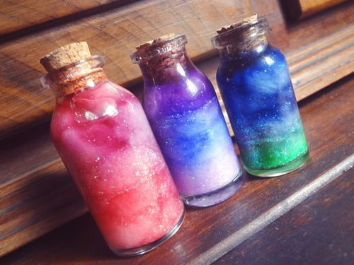 Do It Yourself - Create Your Own Nebula In A Bottle