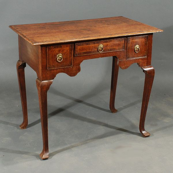 Early 18th Century Oak Lowboy : The British Antique Dealers' Association