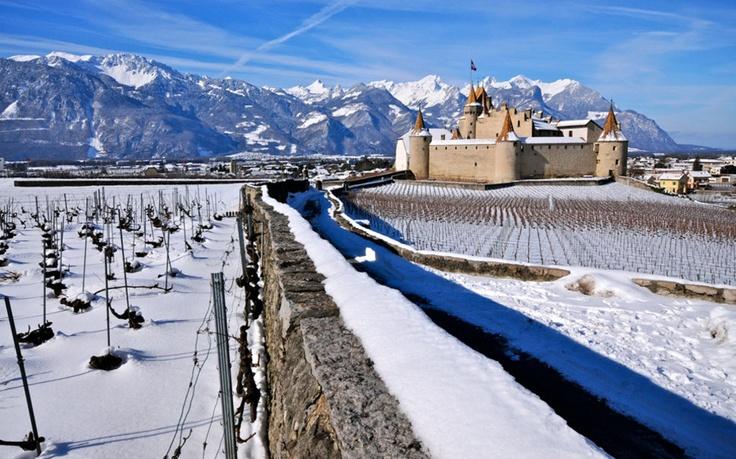 Le Château d'Aigle  Daniel Abersold http://www.24heures.ch/vaud-regions/meteo-joue-tours/story/27777249