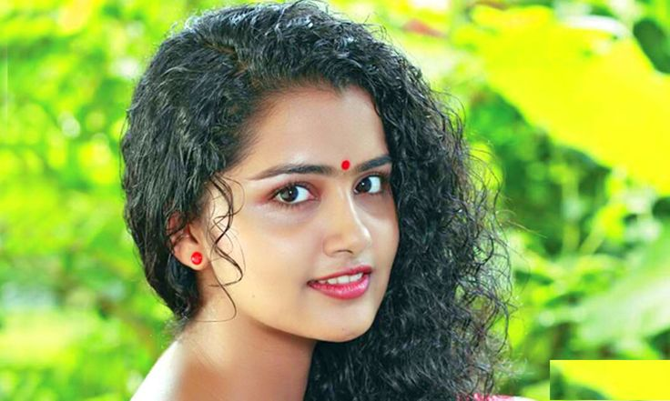 This Malayalam Beauty Is The New Golden Leg.Anupama Parameshwaran is the new golden leg in the industry. All her movies are fetching good talks