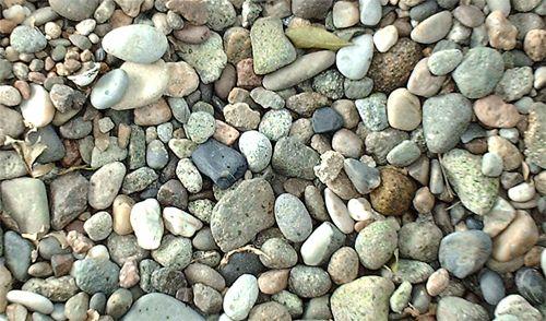 Con este material, los niños y niñas del Nivel Medio Menor, pueden ir reconociendo algunos atributos como forma, tamaño o color. Incluyendo la ventaja de poder comparar las distintas piedras.