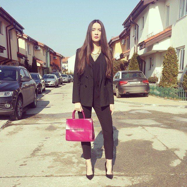 Modelul Ingrid Ispas a ales geanta Priya!