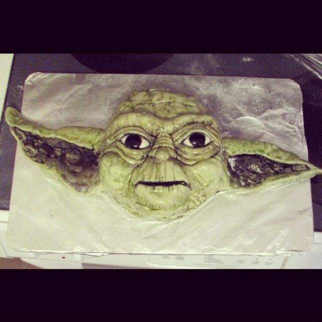 Yoda, by Gypsy Queen Cakes