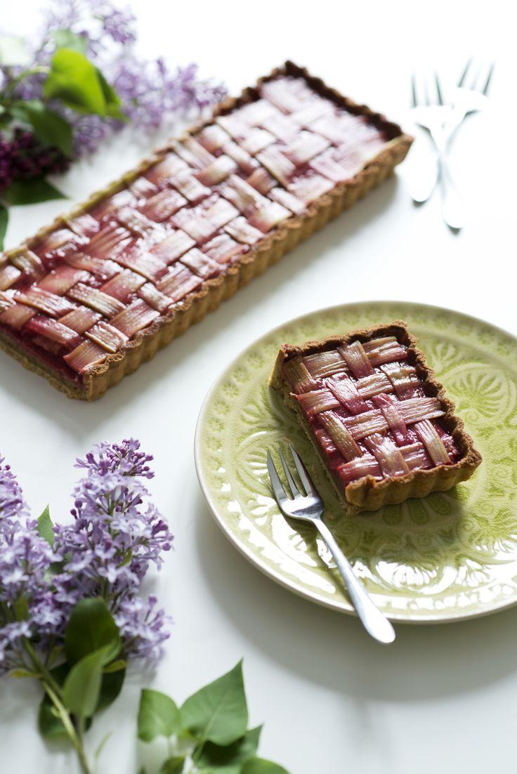 Tarte à la rhubarbe et framboise {sans gluten, sans lactose}