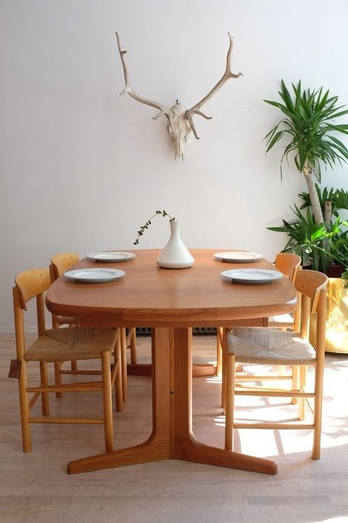 absolutely stunning expandable teak dining table made by nordic furniture