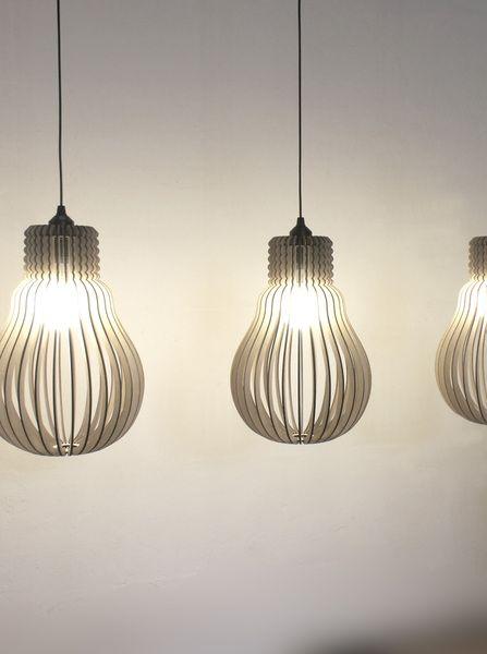 Eine 32teilige Homage an den Erfinder der Glühbirne.