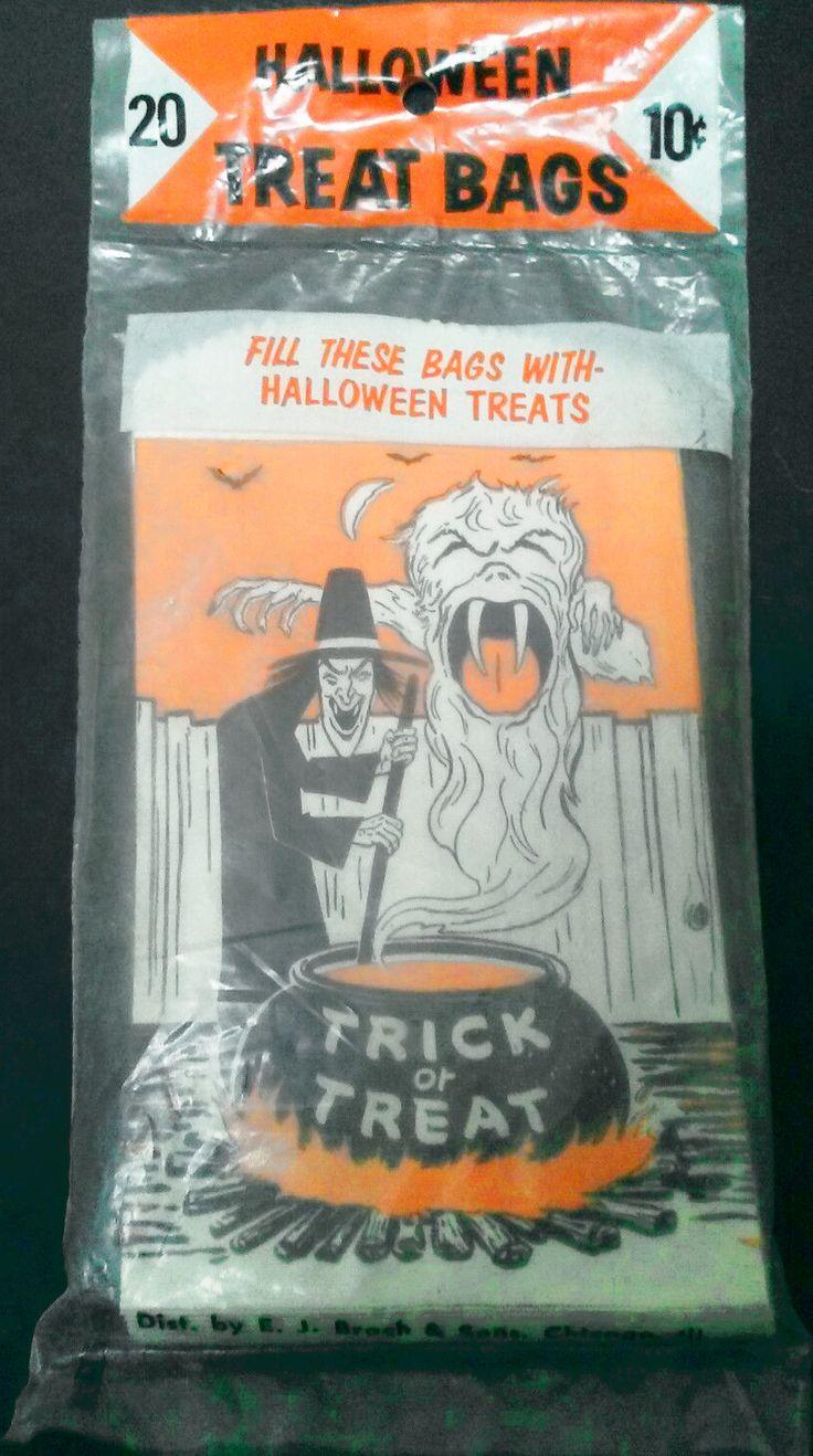 20 pack BRACHS TREAT BAGS 20 circa 1950s ($31) 2017 #vintage #Halloween #collectibles #ephemera