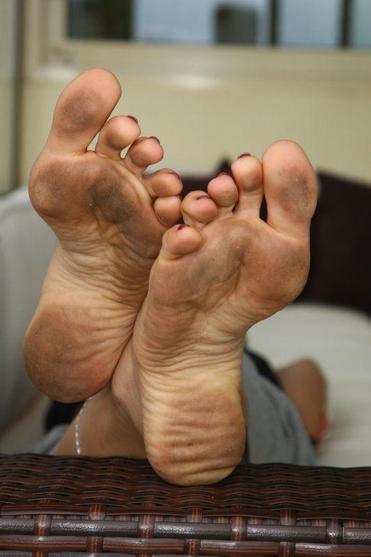 Howard Mature dirty soles