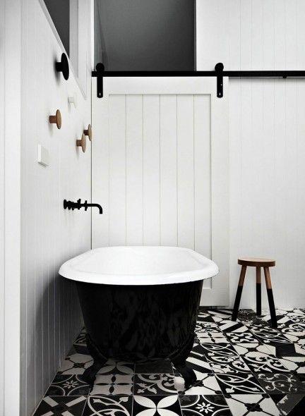 25 beste idee n over carrelage noir et blanc op pinterest dambord vloer damier en carreaux - Faience metro wit ...
