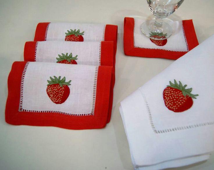 servilletas de mesa y servilletas de coctel bordadas