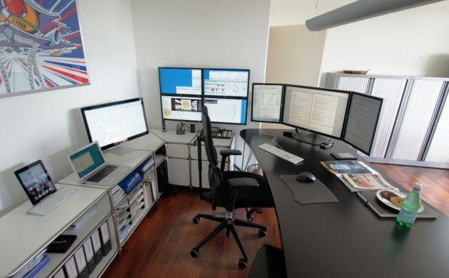 10 best triple screen setups images on pinterest - Home office setup ideas ...