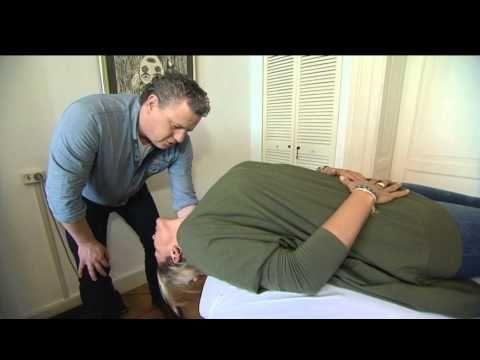 McKenzie therapie uitleg door het McKenzie Instituut Benelux - YouTube