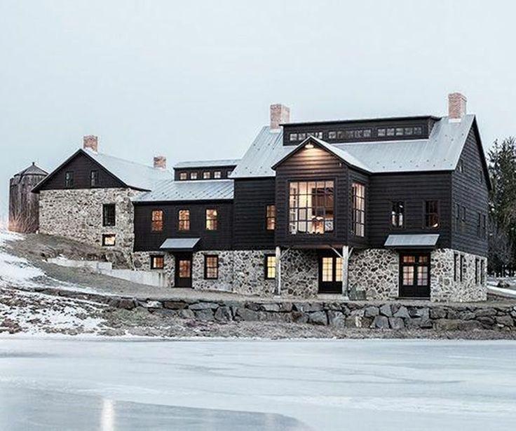 38 Awesome Modern Farmhouse Exterior Design Ideas