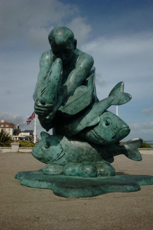 Fisherman statue in Deal