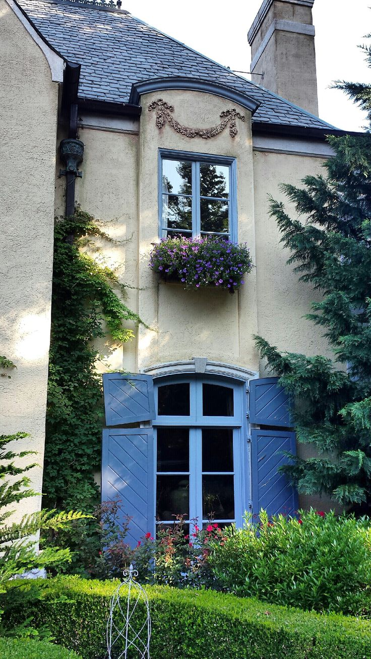 I love the split-top exterior window shutters on first floor.  Leo understands how to recreate authentic French Country details inside and out. Having a hard time finding someone who understands authentic European details and how to apply them? You should talk to Leo. Leodowellinteriors.com