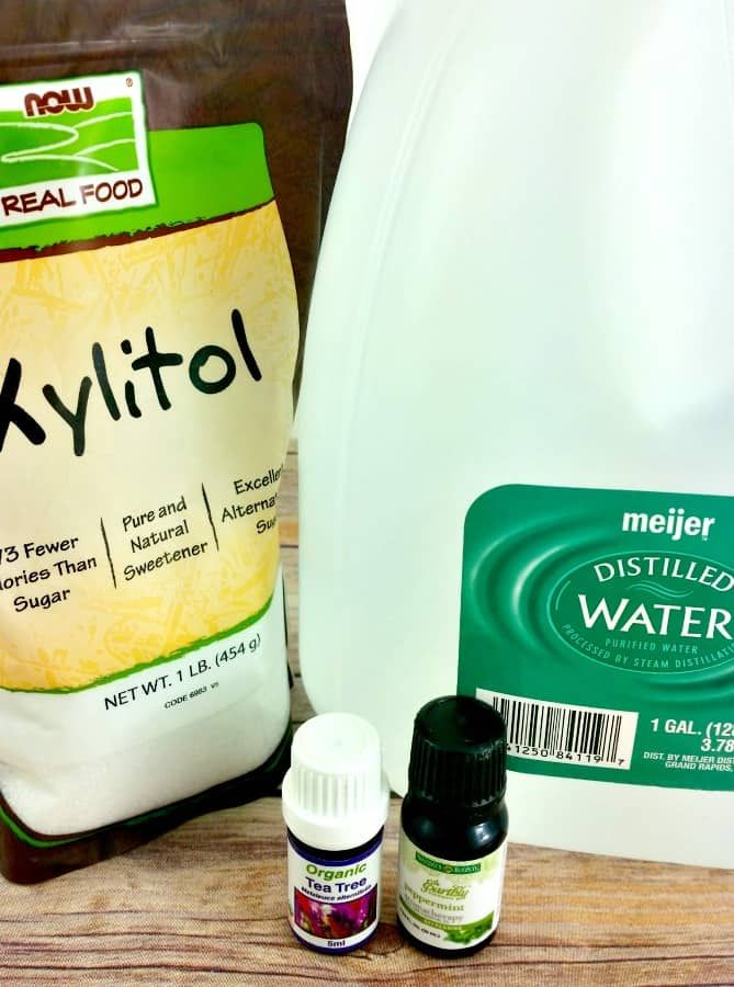 This All-Natural DIY Mouthwash 1 c boiled water 1/2 c hydrogen peroxide 1/2 tsp xylitol 5 drops peppermint 3 drops tea tree