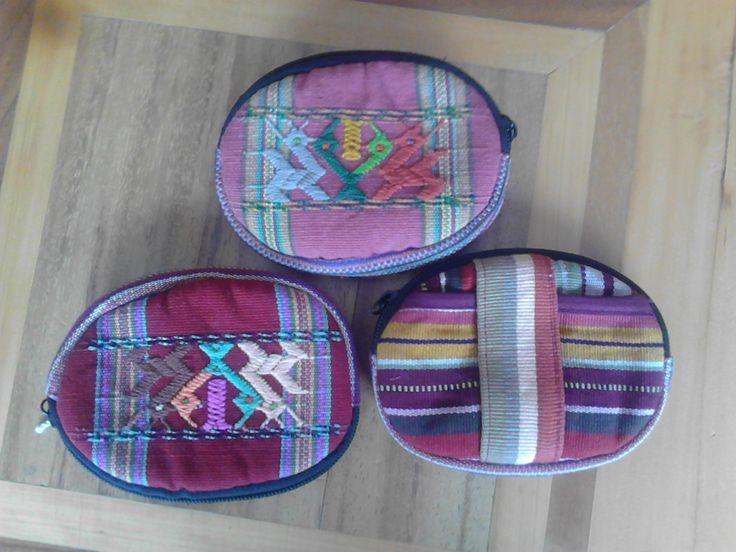Monederos redondos (round coin purses)