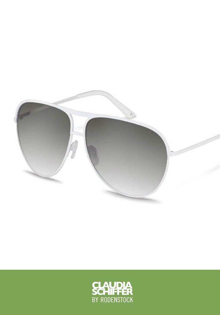 Diese Pilotensonnenbrille von Claudia Schiffer by Rodenstock verleiht jedem Outfit den Wow-Faktor. Überzeugen Sie sich selbst und probieren Sie sie auf.