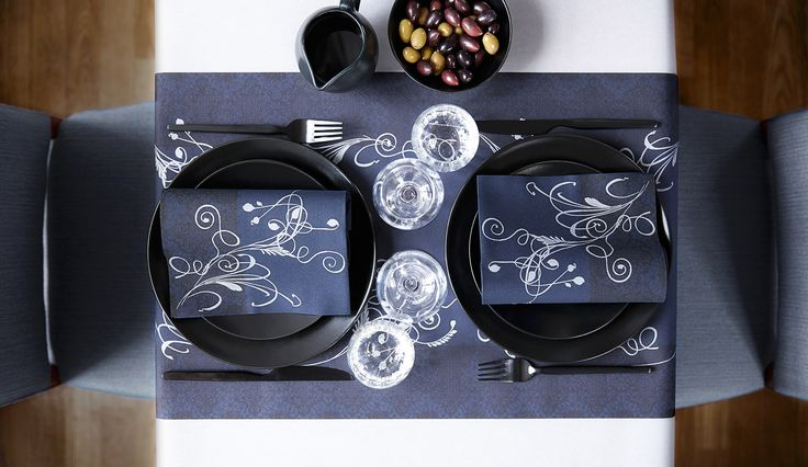 Dinner for two - set the right mood with the table setting. Strict and beautiful, with every thing close - even your dinner companion.