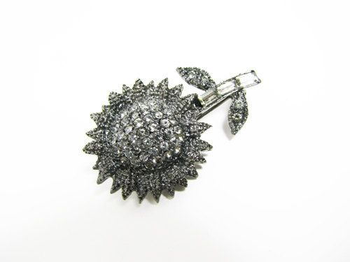 Vintage Hair Clip Sunflower Bridal Wedding  Èpingle by MyChouchou, $6.50