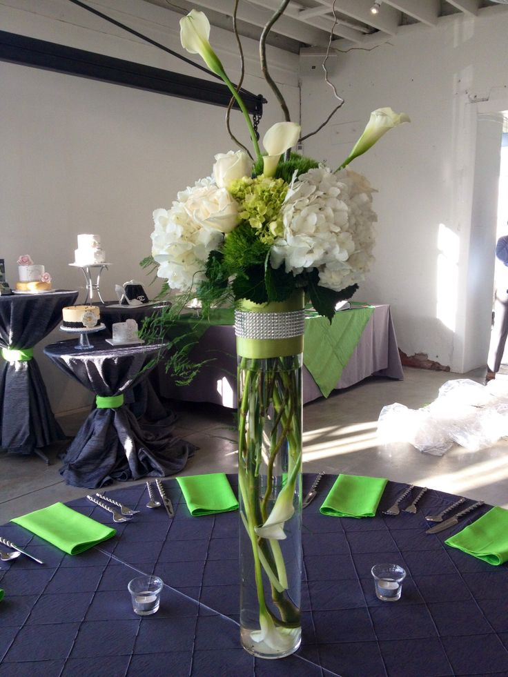 Calla lilly hydrangea orchids roses tall wedding