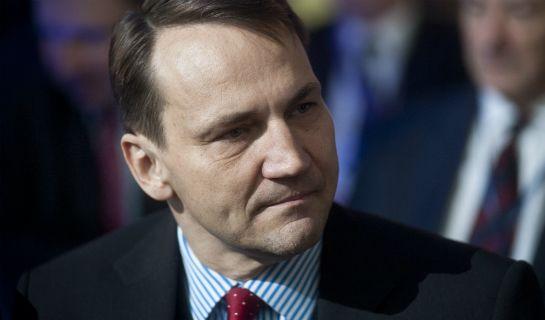 Nerwowa reakcja Sikorskiego - niezalezna.pl