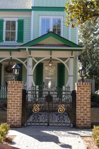 Coolest entrance, man! Ahh so cool Extreme Makeover: Home Edition Savannah |