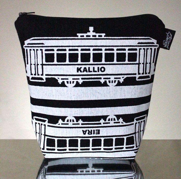 Tram -meikkilaukku // Tram make-up bag (Design by Pisama Design)