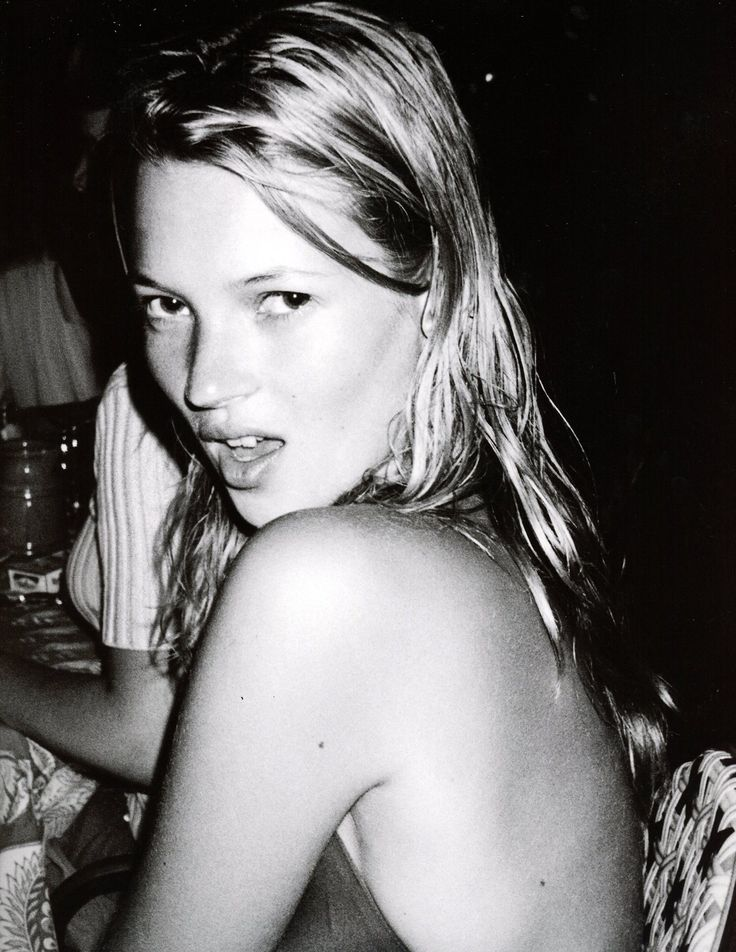 My pictures are my eyes [Mario Testino | Kate Moss, 1996]