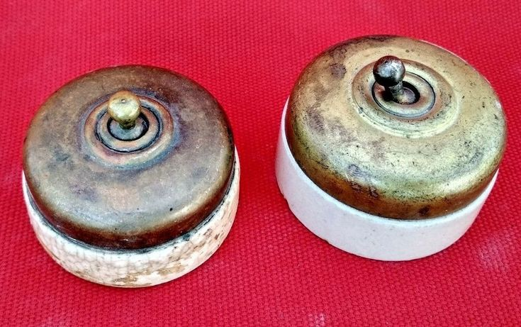 VINTAGE OLD COLLECTIBLE BRASS ELECTRIC ROUND SHAPE SWITCH MADE IN INDIA PAIR