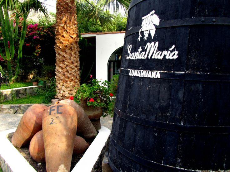Canotaje o rafting, cuatrimotos, canopy, rappel, bici de montaña, paseo en caballos, buenos vinos y piscos, deliciosa comida, naturaleza y relax, eso es Lunahuaná en Cañete (Perú, Febrero 2014)  http://www.placeok.com/turismo-de-aventura-en-lunahuana/