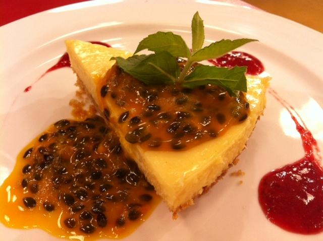 Tarta de maracuyá y coco para 8 personas :: www.virginiademaria.cl