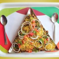 Indian Fast Food: Top 10 chaat #recipes - Straight from the streets of North India, it's now famous all over the world. We are talking about the favourite street #food of #India - Chaat.